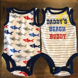 💙 4 For $25 Set of 2 Onesies💙